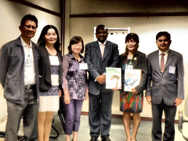 The delegation visits Mr. Anthony Jude of the Regional and Sustainable Development Department of the Asian Development Bank at its headquarters in Manila on Nov. 13th.